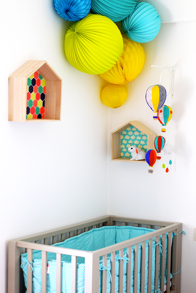 CHAMBRE-ENFANT-KIDROOM-HOTHAIRBALLOON-MOBILE-MONTGOLFIERE-DIY
